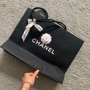 CHANEL floral stocker large shopping bag